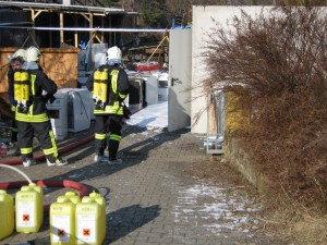 2011-02-23 Einsatz Mittelbrand (1)